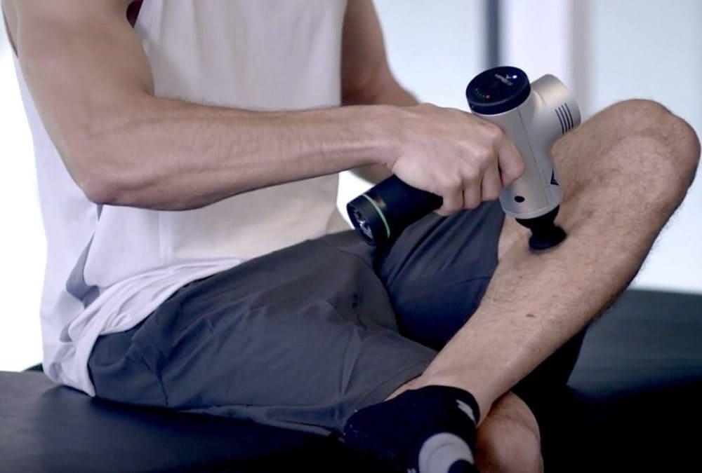 pistola de masaje o rodillo de masaje